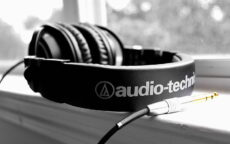 audio-auriculares-tecnologia-wallpaper-preview